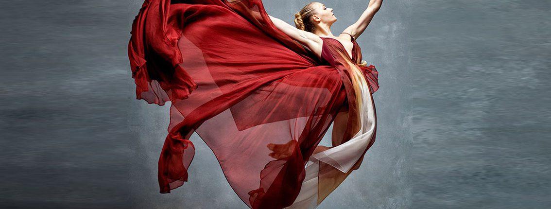 La grâce des danseurs en mouvement